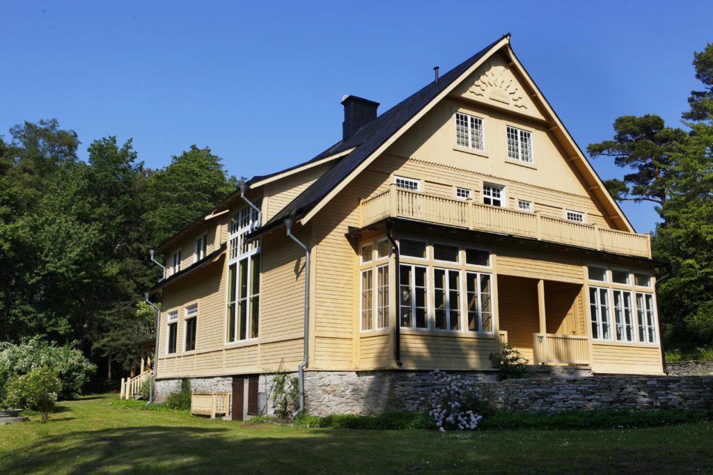 Konstnärshemmet Brucebo byggdes 1900-1906 och räknas som ett av Sveriges bäst bevarade konstnärshem från sekelskiftet. Foto: Sveds Signe Söderlund